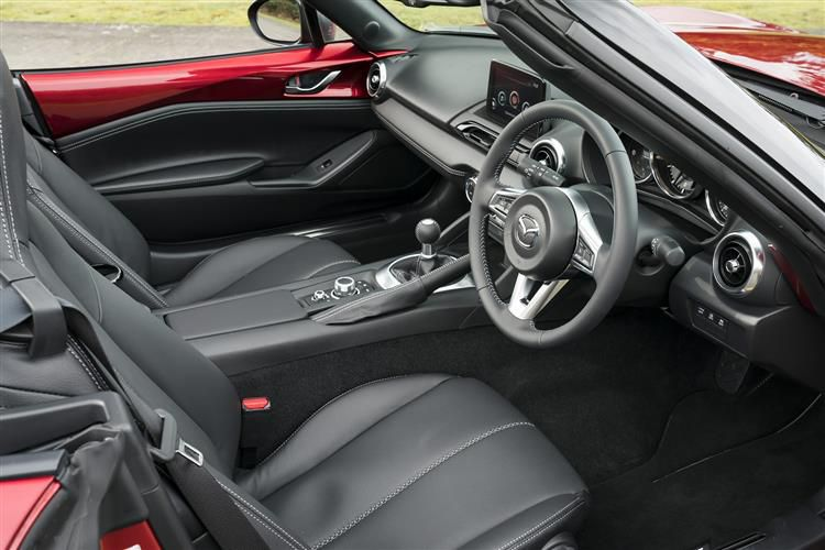 Mazda MX-5 RF 2.0 SKYACTIV-G 184PS Sport Tech 2Dr Auto [Start Stop]